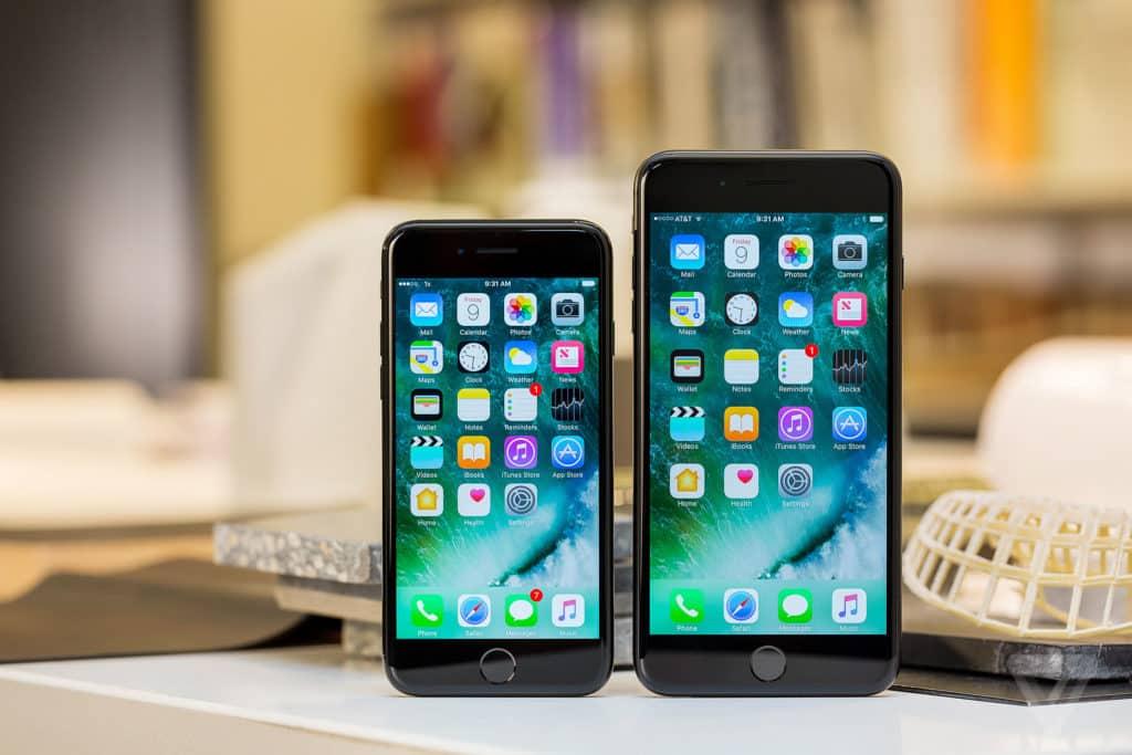 الفرق بين موبايل اي فون 7 واي فون 7 بلس