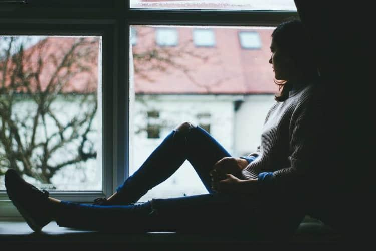 أحلي صور بنات حزينة مؤثرة جداً
