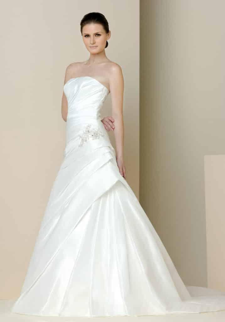 موديلات فساتين زفاف جميلة