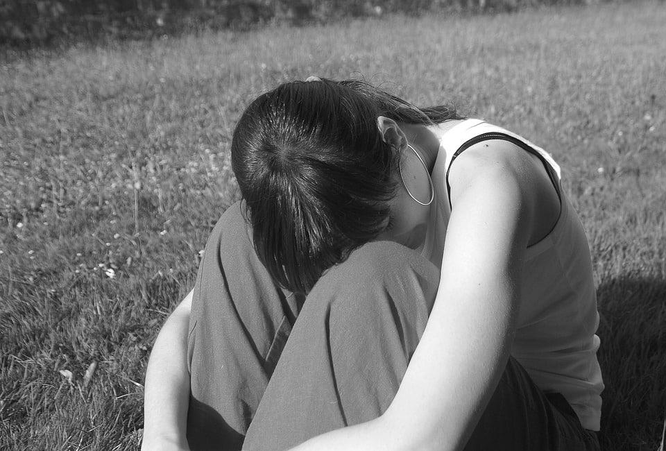 صور بنات حزينة منوعة