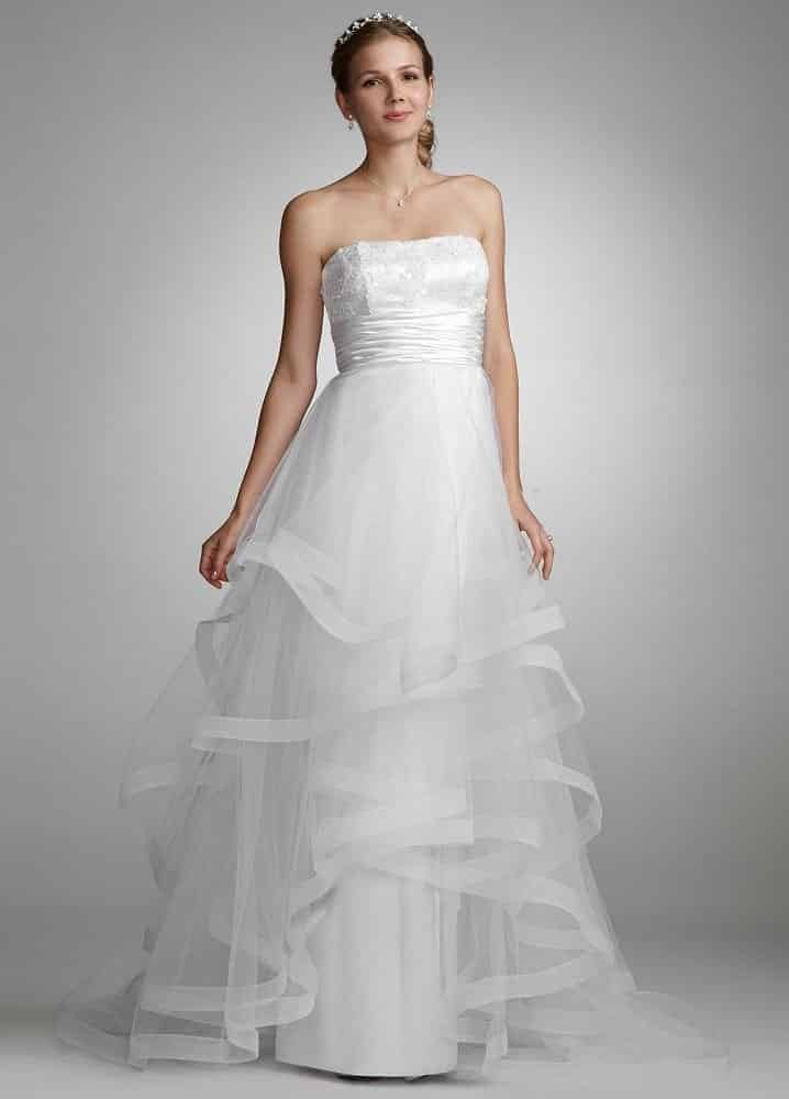 صور للفيس بوك لفساتين زفاف