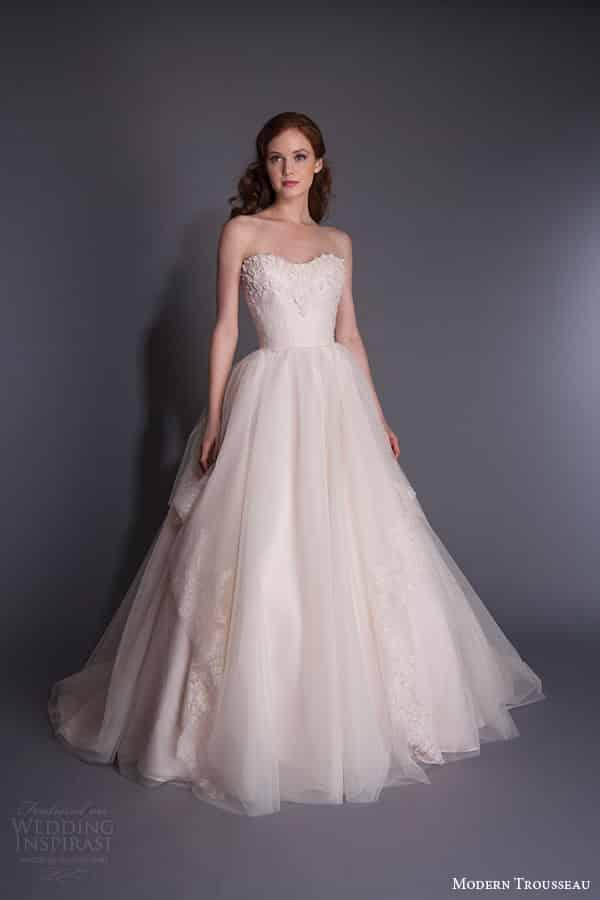 موديلات فساتين زفاف رائعة