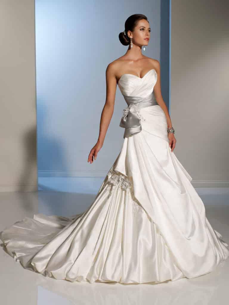 موديلات فساتين زفاف جديدة