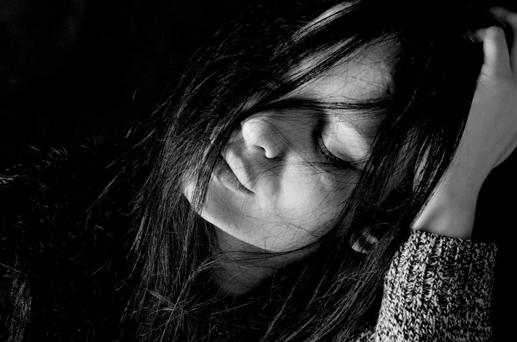 صور جميلة بنات حزينة 2017