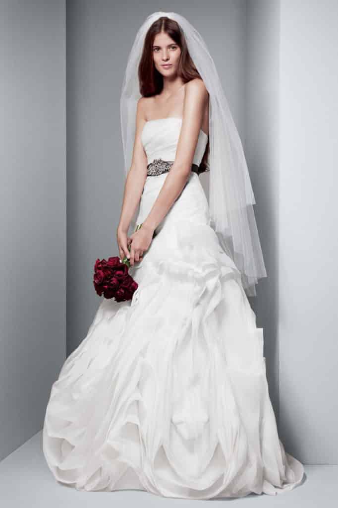 تحميل صور فساتين زفاف
