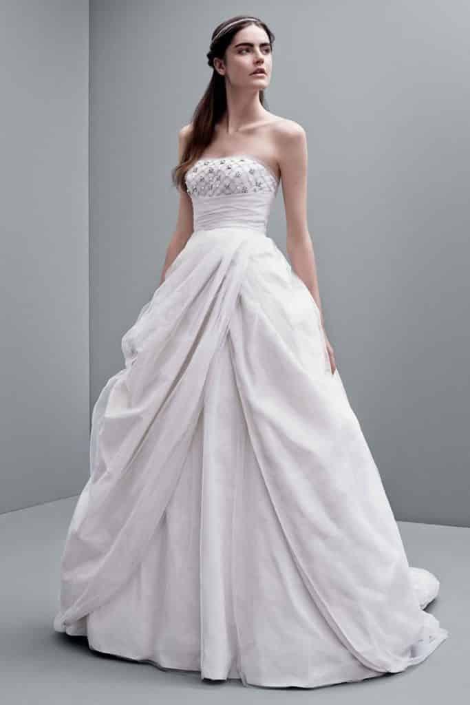 صور فساتين زفاف منوعة
