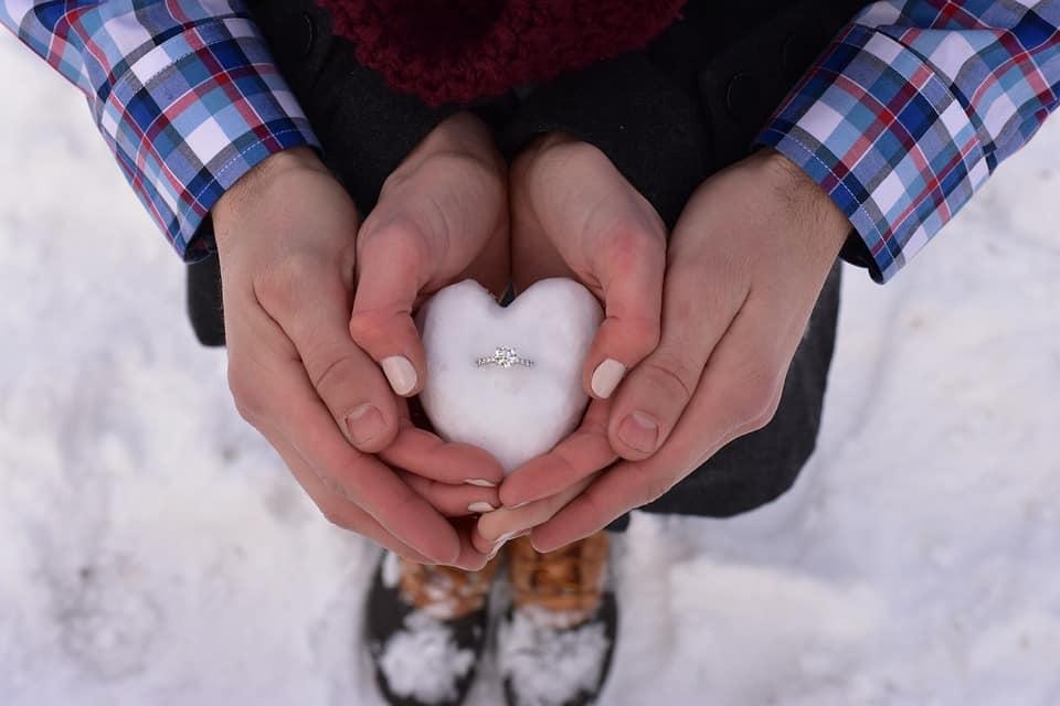 صور معبرة عشق وغرام