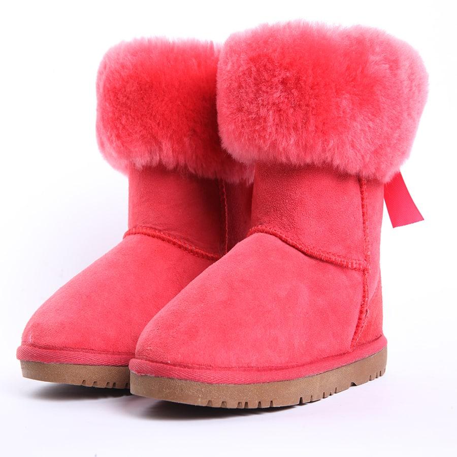 صور تصميمات أحذية الأطفال الشتاء متنوعة