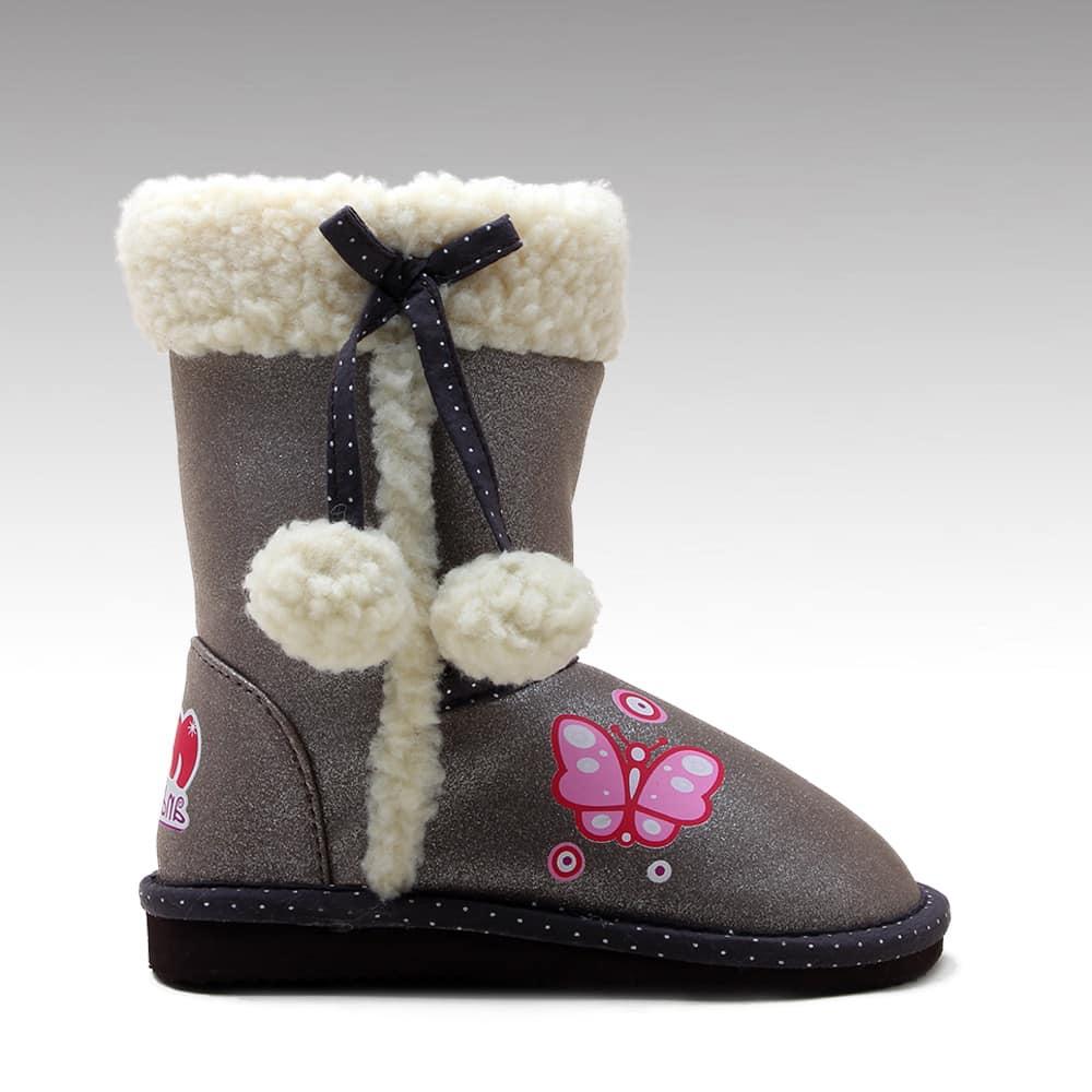 صور تصميمات أحذية الأطفال الشتاء تجنن