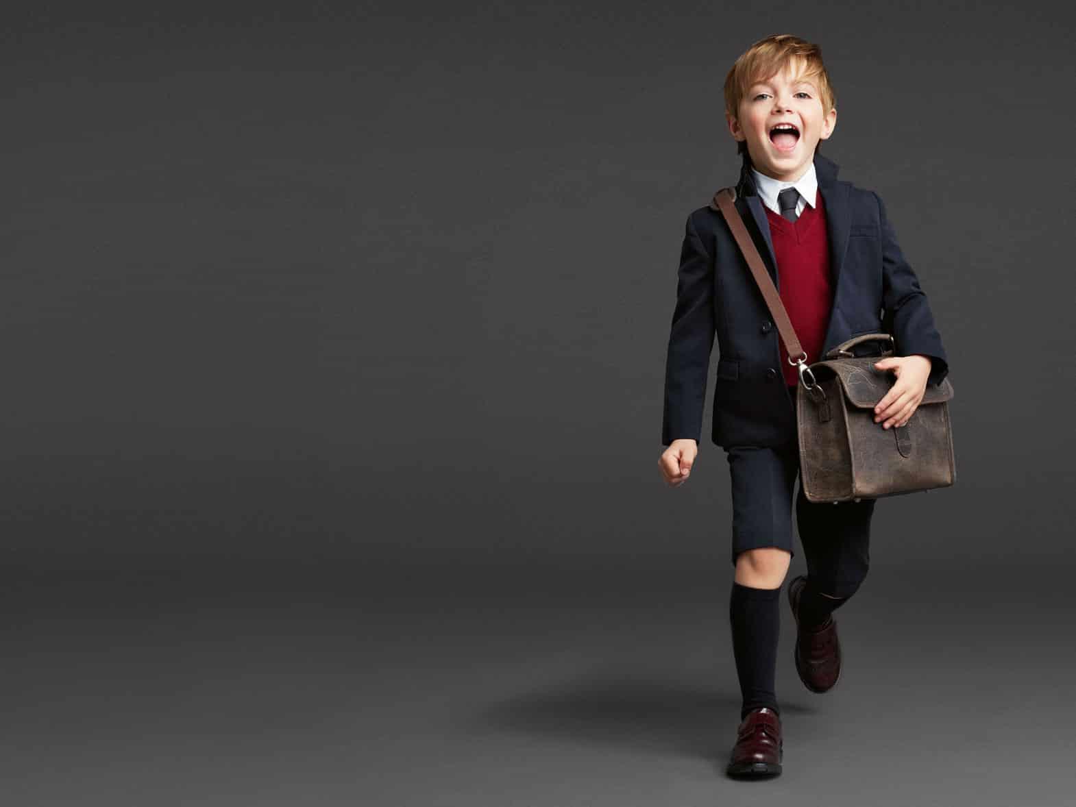صور تصميمات أحذية الأطفال الشتاء روعة